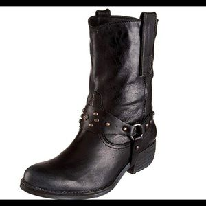 Sam Edelman Leather Lakota Short Motorcycle Boots.